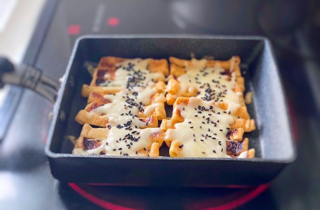 薄揚げのチーズ焼き