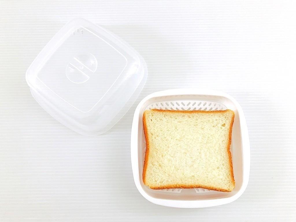 食パンと蒸し器