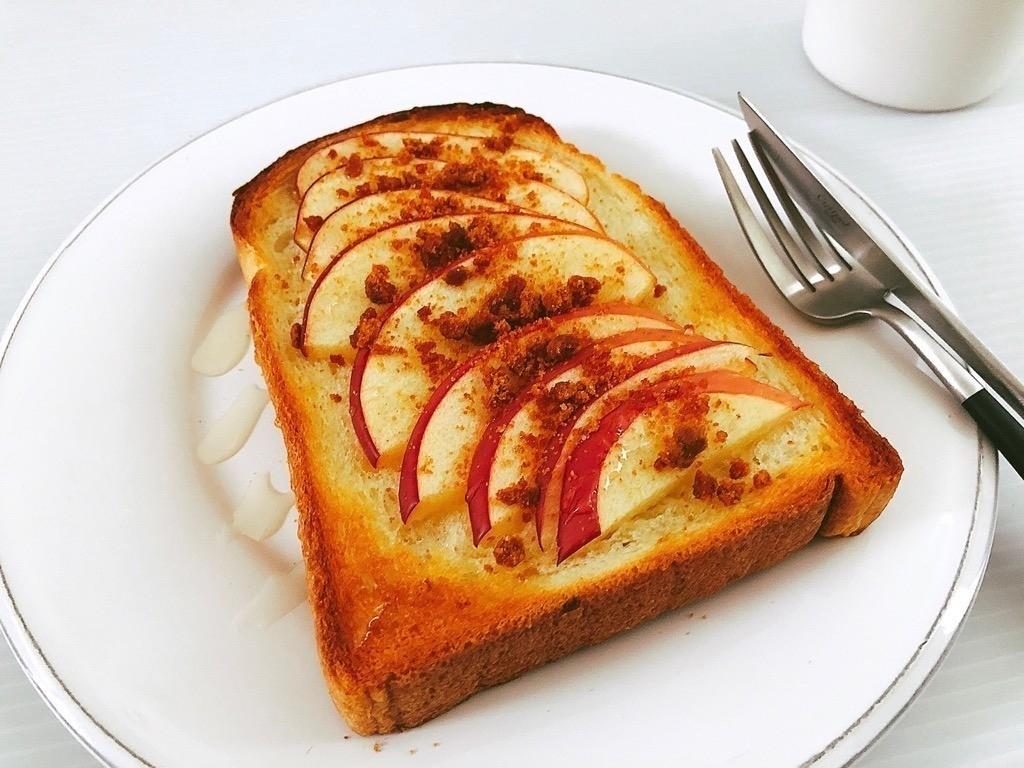 リンゴのトースト