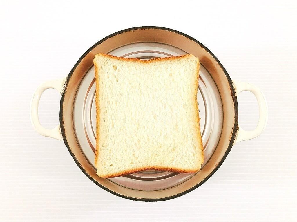 蒸し蓋と食パン