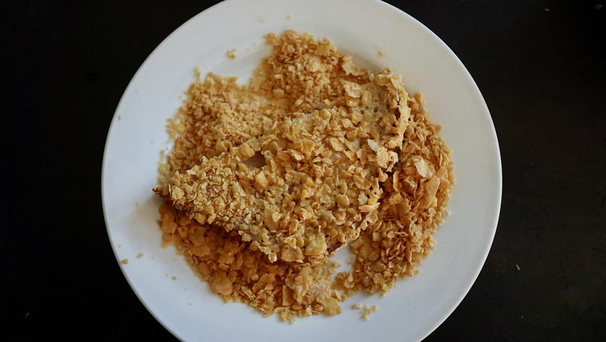 コーンフレークフレンチトースト